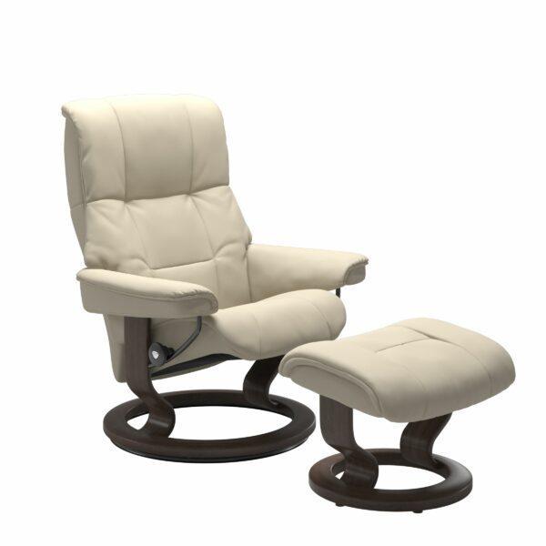 Stressless Mayfair Sessel mit Hocker – Bezug aus Leder Batick Cream mit Classic Untergestell in der Holzfarbe Wenge