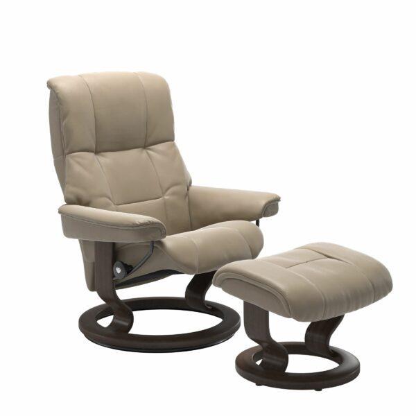 Stressless Mayfair Sessel mit Hocker – Bezug aus Leder Cori Fog mit Classic Untergestell in der Holzfarbe Wenge