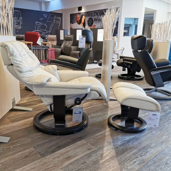 Stressless Reno Sessel mit Hocker