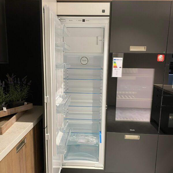 "Miele ""K 37242 iDF"" Einbau-Kühlschrank - Küchen-Elektrogeräte"