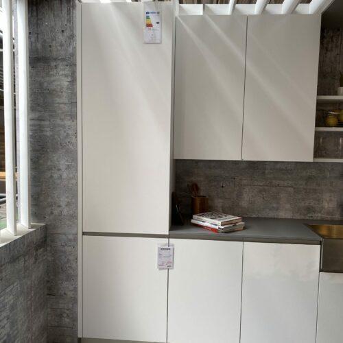 Miele K 37672 iD Einbau-Kuehlschrank