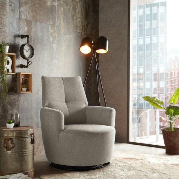 set one by Musterring Sessel SO 1450 in beige Wohnbeispiel