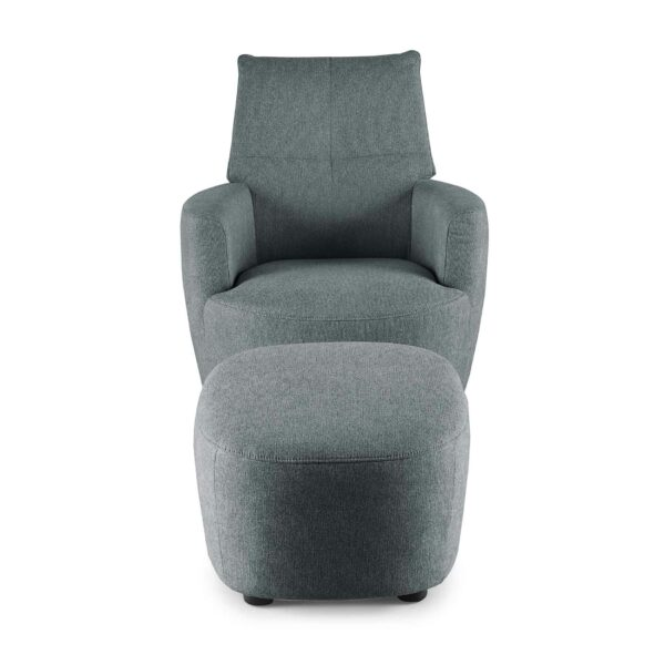 set one by Musterring Sessel SO 1450 mit Hocker in blue grey Frontansicht