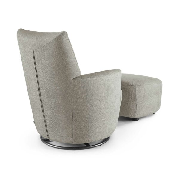 set one by Musterring Sessel mit Hocker SO 1450 in platinum grey Rückenansicht