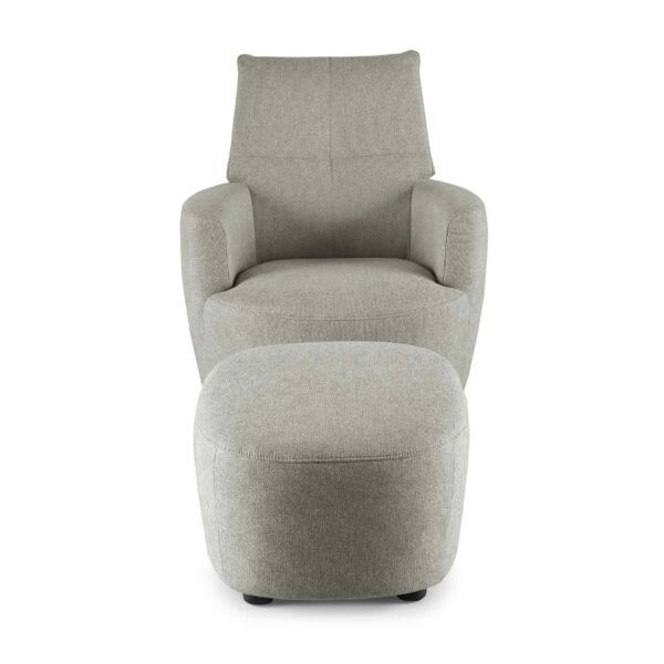 set one by Musterring Sessel mit Hocker SO 1450 in platinum grey Frontansicht