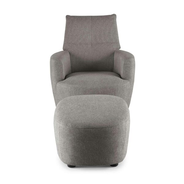 set one by Musterring Sessel mit Hocker SO 1450 in windows grey Frontansicht