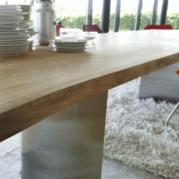 Contur Einrichten Esstisch 3100 mit halbrunden Metallgestell Wohnbeispiel