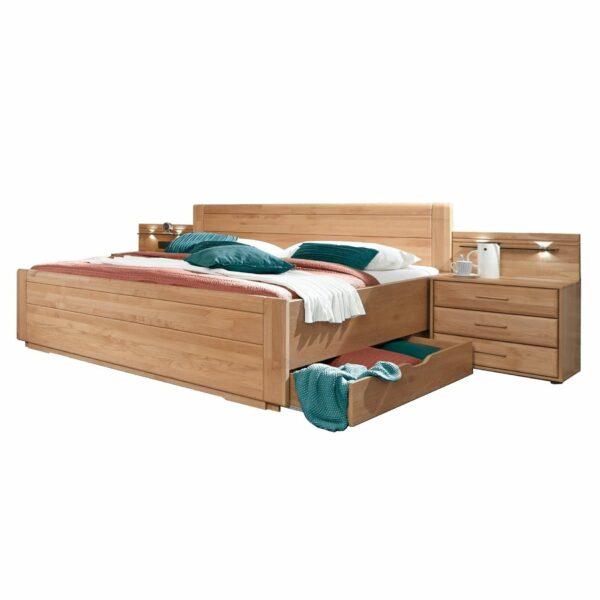 Trendstore LS 658016 Doppelbett in Eiche teilmassiv mit Nachttischen, LED Beleuchtung und Bettschubkasten als Freisteller.