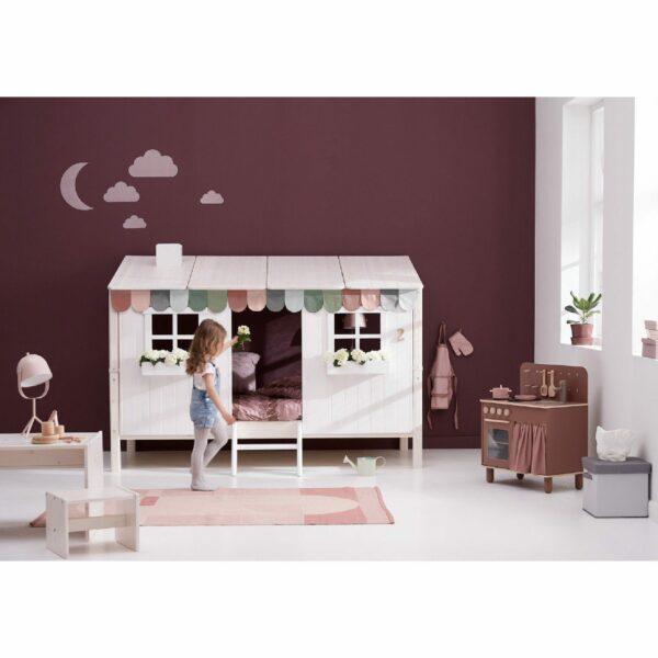 "Trendstore ""Flexa Classic"" Kinderbett mit Haus – Wohnbeispiel"