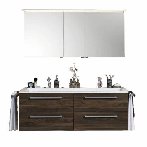 Puris Star Line Badprogramm in Ulme Nachbildung mit Spiegelschrank und Waschtisch mit Unterschrank.