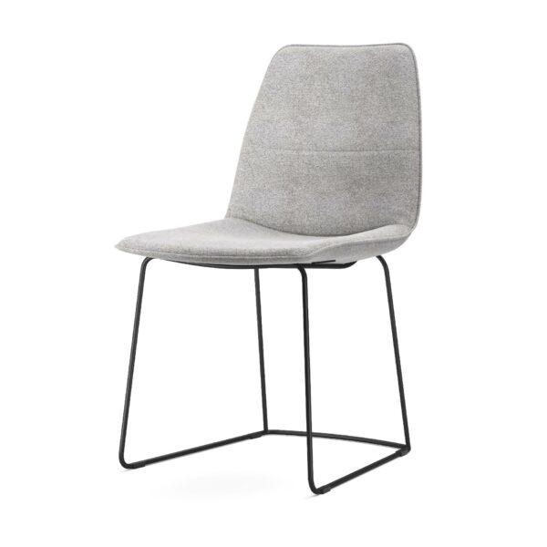 freistil by Rolf Benz Freistil 117 Stuhl ohne Armlehne mit Stoffbezug 1050 signalgrau