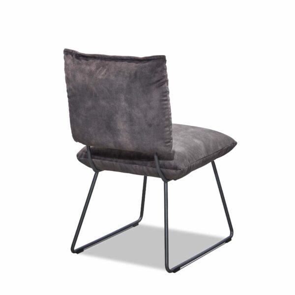 Musterring Pinero Esszimmerstuhl mit flexiblem Rückenkissen. Sitztiefe: 48 cm