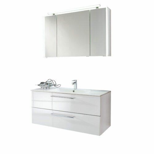 puris Fresh Badprogramm mit Waschtisch, Unterschrank, Spiegel und Handtuchhalter als Freisteller.