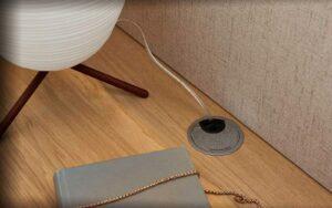 RMW Smart Living: Kabeldurchlass im Nachttisch