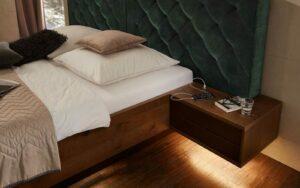 RMW Smart Living: Nachttisch mit Beleuchtung und USB Anschluss