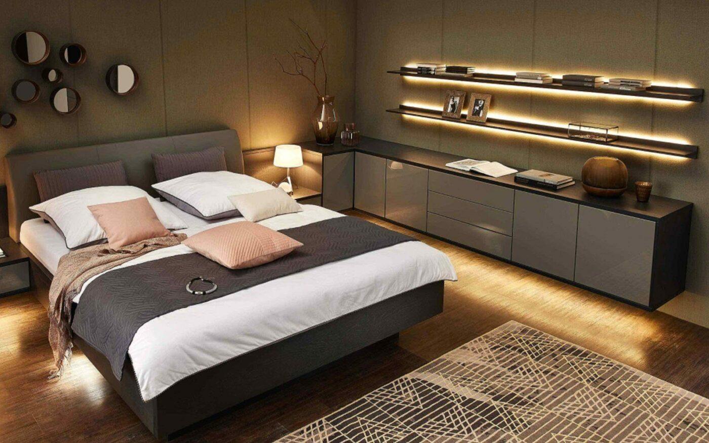 RMW Wohnbeispiel: Schlafzimmer mit tollen Lichtakzenten