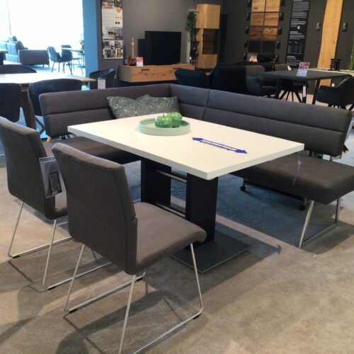 K+W 7007 Essgruppe – Eckbank und zwei Stühle